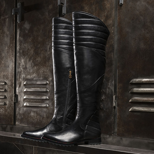 Women's leather boots, style accessory