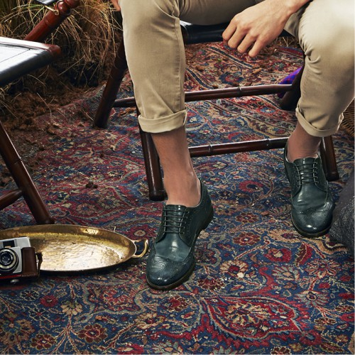 Wingtip shoes: the timeless charm of the English style