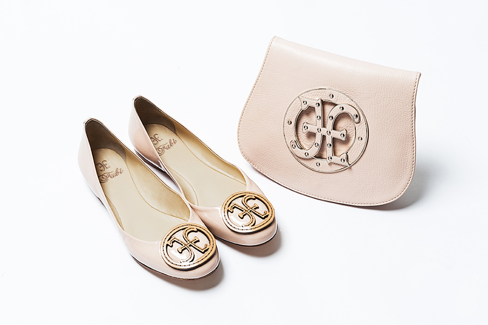 fd549b74f The designer ballerina flats are a balanced mix between the naive and  refined (without being demanding). They are sober shoes for women who  prefer ...